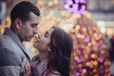 付き合ってないのにキスやエッチなどをする男性心理完全版!ヤリ目か本気なのか見極める方法