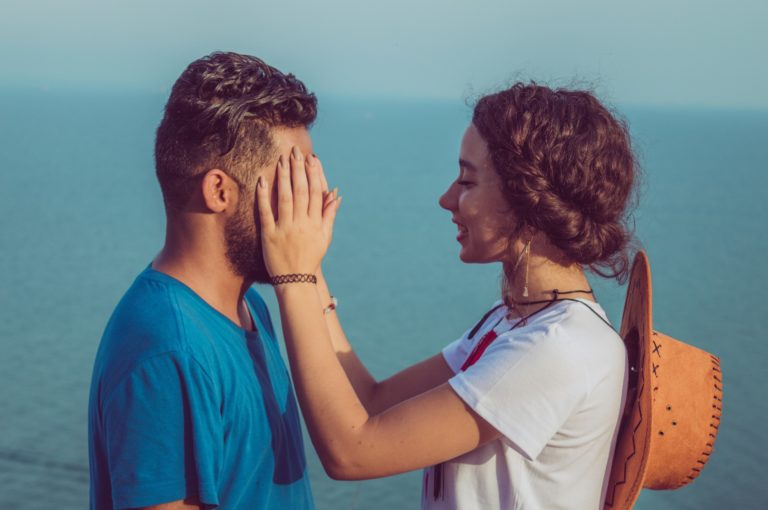 既婚 男性 が 離し たく ない 女性