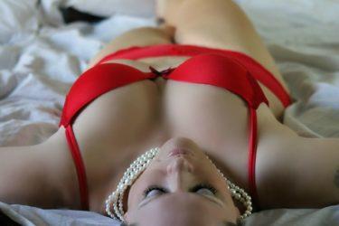 性欲が強い女性の特徴とは?遊び人じゃないけど性欲が強すぎて悩む女性心理と性欲が強い女性がエッチの相手に選ぶ男性の特徴