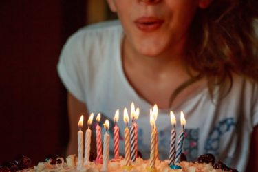 誕生日メッセージを彼氏にLINE&カードで送る時に感動させ胸キュンさせるならコレ!男が惚れ直す誕生日ライン