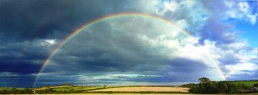 虹のスピリチュアルメッセージ!意味や恋愛のジンクス&見たらすべきアクションと運気が上がる待ち受け画像