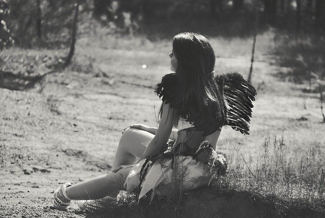 天使のような高尚な存在に